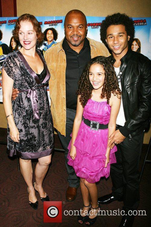 Penelope Ann Miller, David Rivers, Corbin Bleu, Madison...