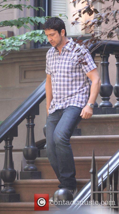 Gerard Butler and Jennifer Aniston 5