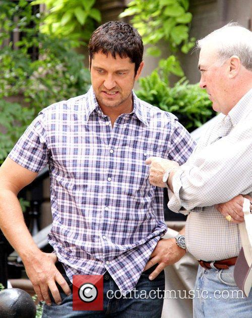 Gerard Butler  taking tips from former police...