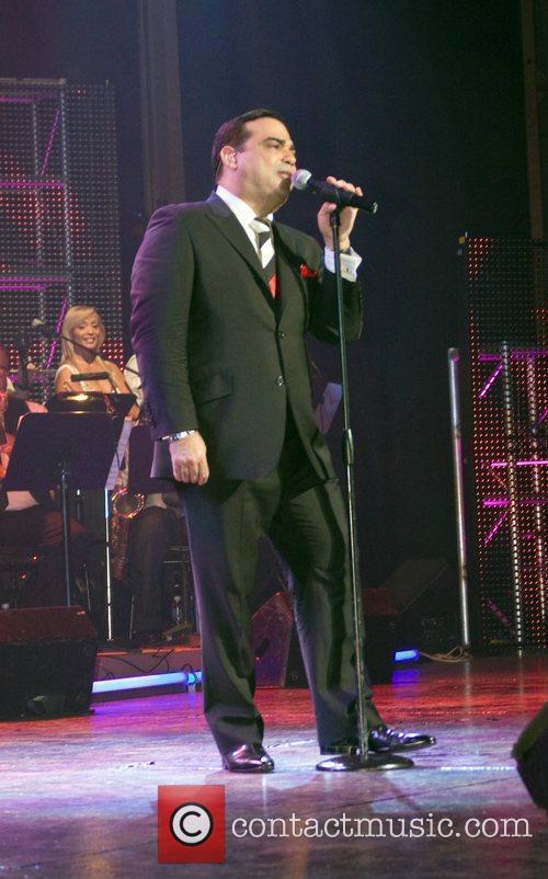 Latin Singer/bandleader Gilberto Santa Rosa 6