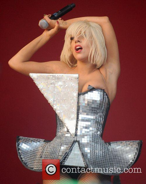 Lady Gaga, Glastonbury Festival and Glastonbury 9