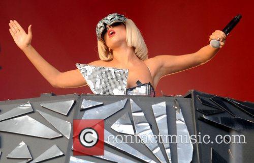 Lady GaGa, Glastonbury Festival and Glastonbury 16
