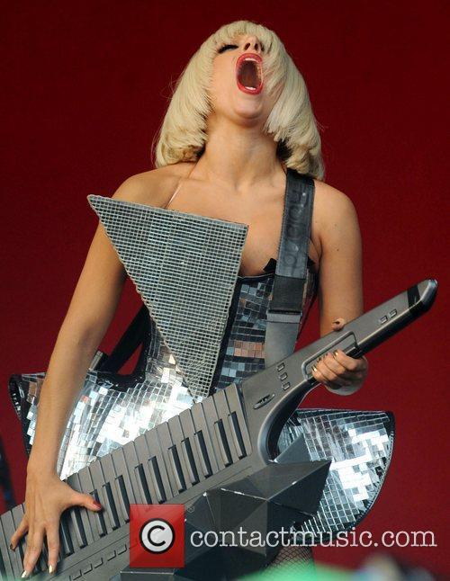 Lady Gaga, Glastonbury Festival and Glastonbury 5