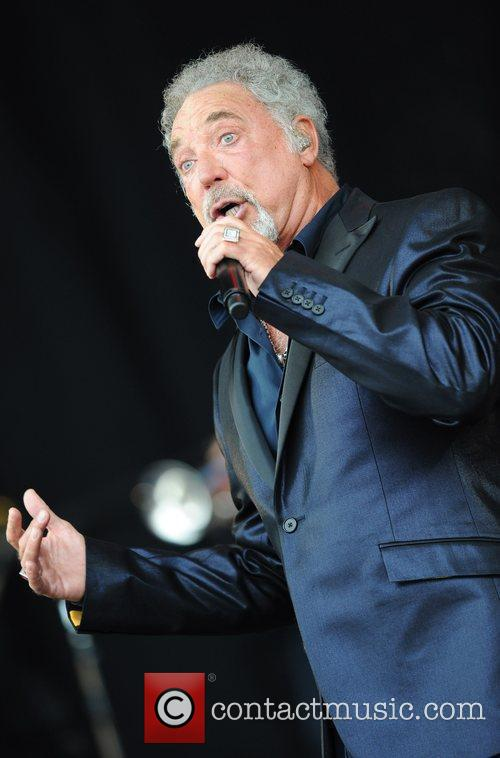 Tom Jones, Glastonbury Festival and Glastonbury 4