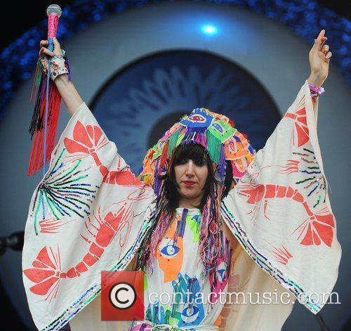 Yeah Yeah Yeahs, Glastonbury Festival and Glastonbury 7