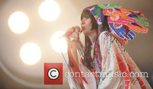 Yeah Yeah Yeahs, Glastonbury Festival and Glastonbury 6