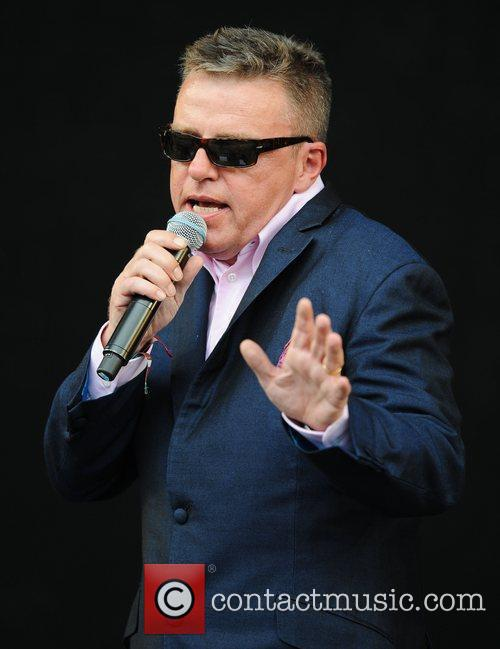 Suggs, Glastonbury Festival, Madness and Glastonbury 9