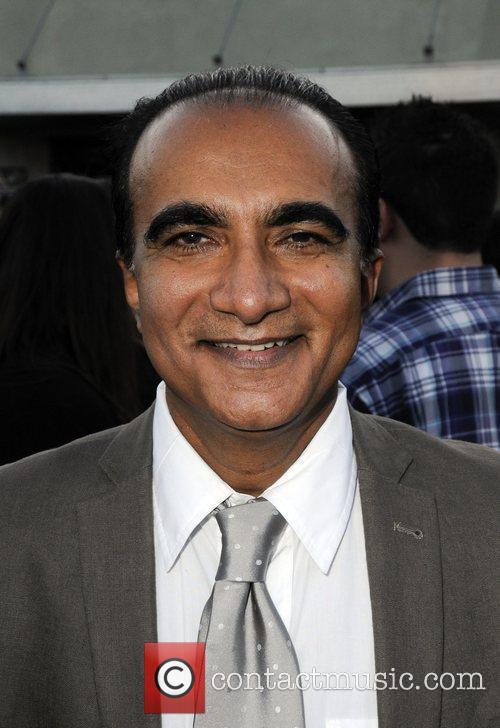 Iqbal Theba 1