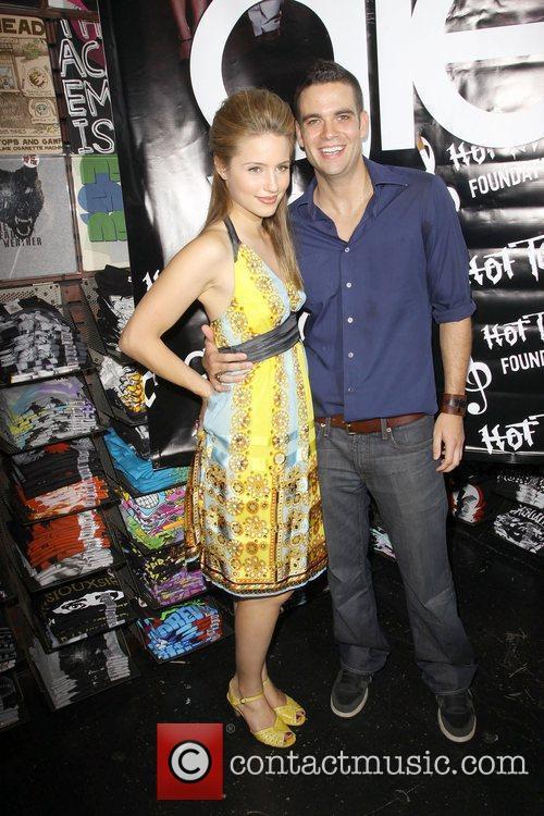 Dianna Agron and Mark Salling  'The Gleek...