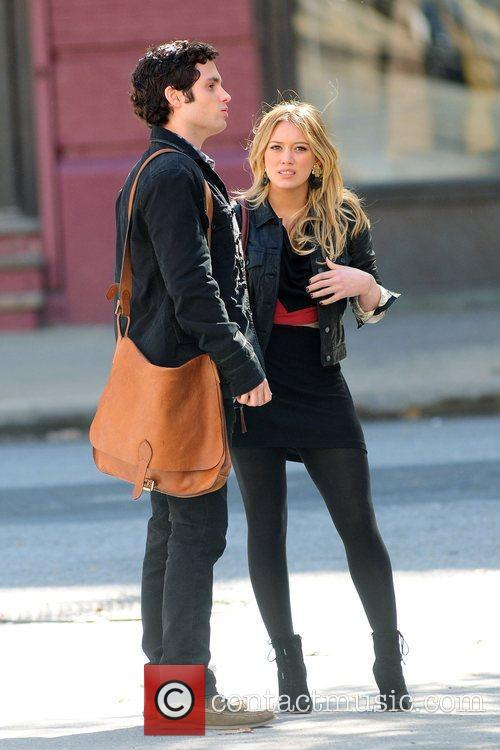 Penn Badgley and Hilary Duff 10