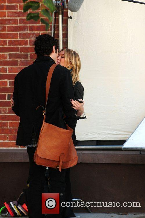 Penn Badgley and Hilary Duff 11