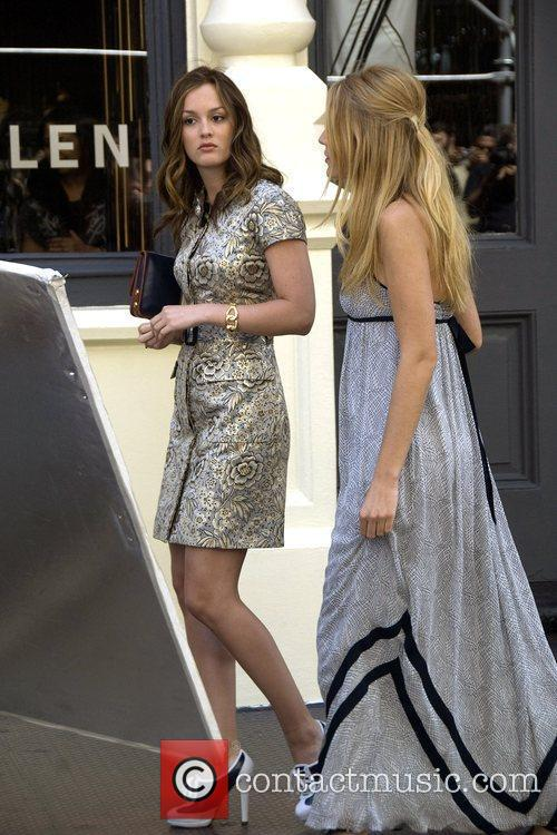 Leighton Meester and Blake Lively 5