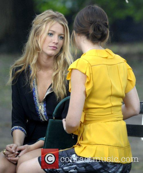 Blake Lively and Leighton Meester filming a scene...