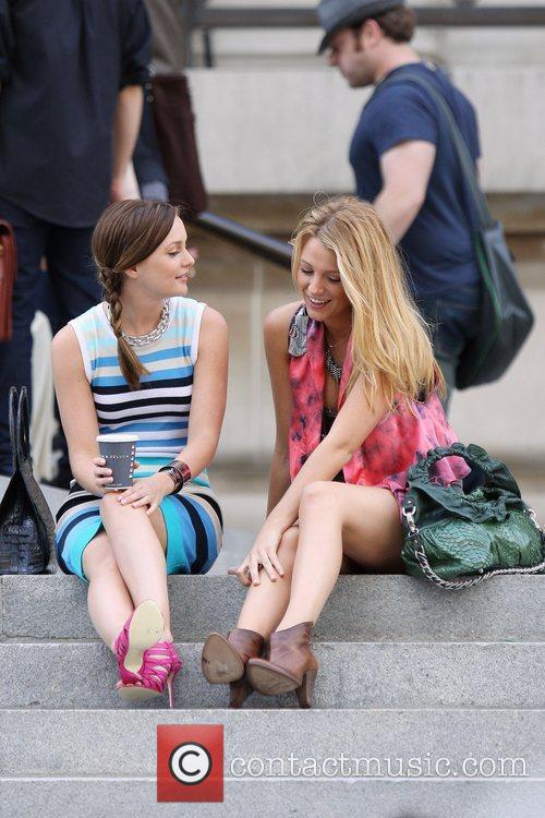 Filming scenes for 'gossip Girl' outside the Metropolitan...