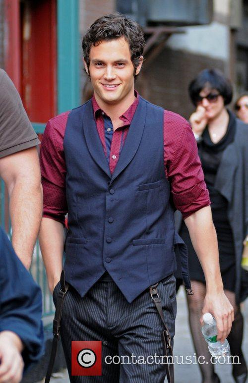Penn Badgley 3