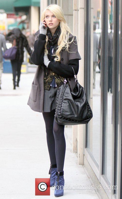 Taylor Momsen on the set of 'Gossip Girl'...