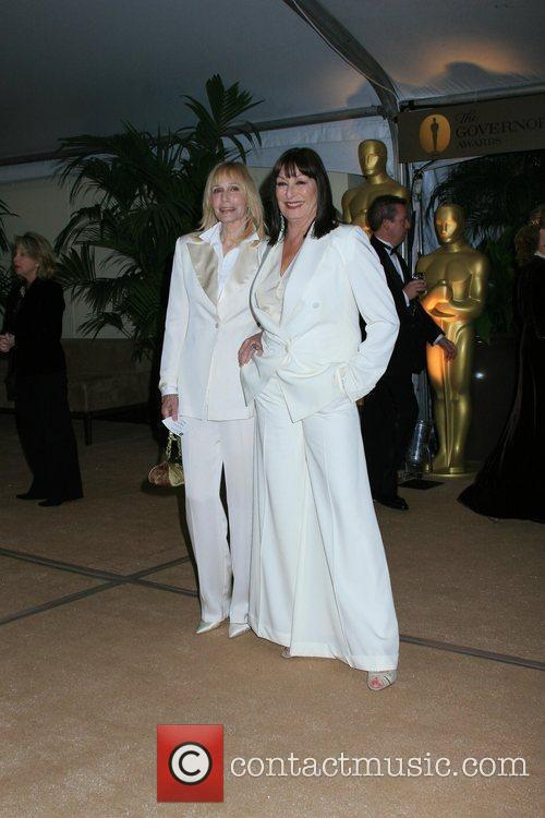 Sally Kellerman and Actress Anjelica Huston 2