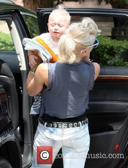 Gwen Stefani, Her Son Zuma Go Shopping At Bristol Farms Then Stop By The Park To Change Zuma's Diaper. It Was Zuma's First Birthday and They Celebrated With A Party At Their Home 7