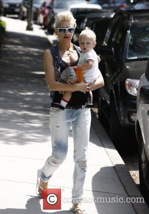 Gwen Stefani, Her Son Zuma Go Shopping At Bristol Farms Then Stop By The Park To Change Zuma's Diaper. It Was Zuma's First Birthday and They Celebrated With A Party At Their Home 9