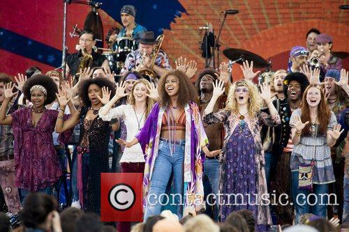 the cast of the broadway musical 'hair' 5316267