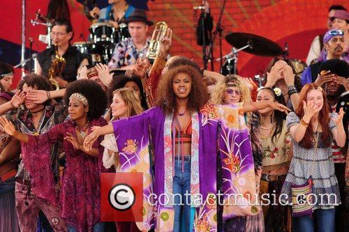 the cast of the broadway musical 'hair' 5316546