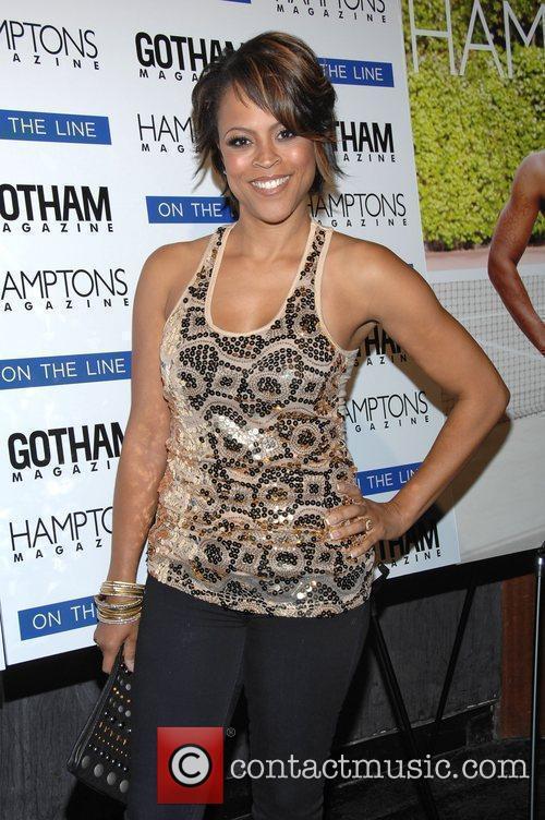 Sahunieo O'Neal  Serena Williams celebrates her cover...