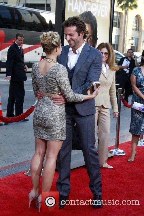 Kristen Bell and Bradley Cooper 9