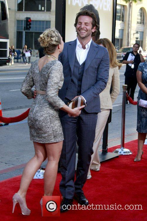 Kristen Bell and Bradley Cooper 7