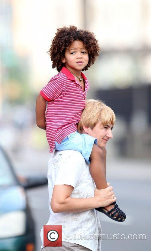 Heidi Klum and family walking in Greenwich Village 8