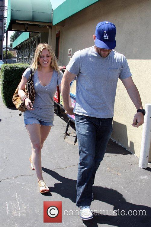 Hilary Duff and Mike Comrie 7