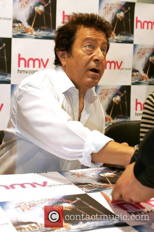 Jeff Wayne signs copies of 'Jeff Wayne's Musical...