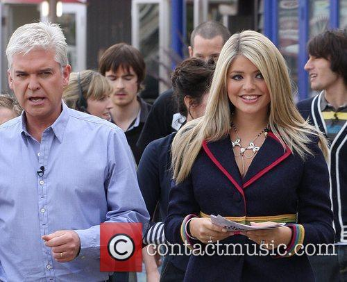Holly Willoughby and Phillip Schofield 9