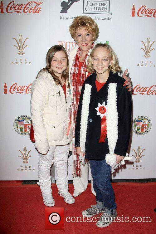 Jeanne Cooper with her Grandchildren The 2009 Hollywood...