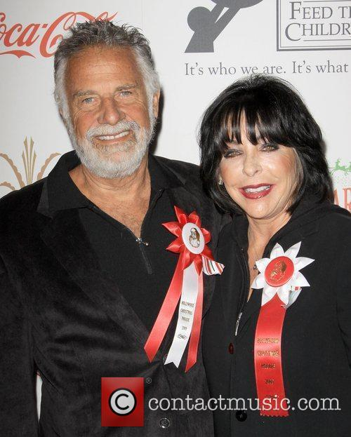 Jonathan Goldsmith With Wife Barbara Goldsmith 11