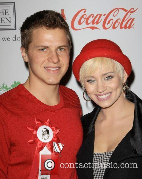 Kevin Schmidt and Kimberly Wyatt