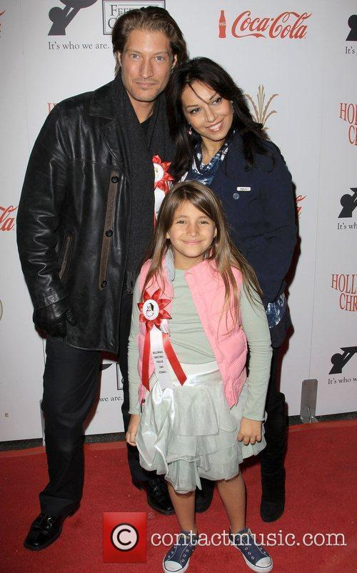 Sean Kanan With His Family 1
