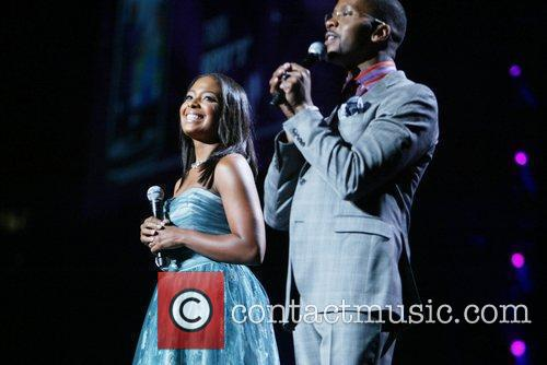 Hosts Lisa Kimmey-Winans, Donald Lawrence How Sweet the...