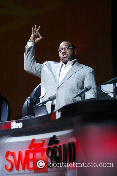 Pastor Marvin Sapp How Sweet the Sound Verizon...