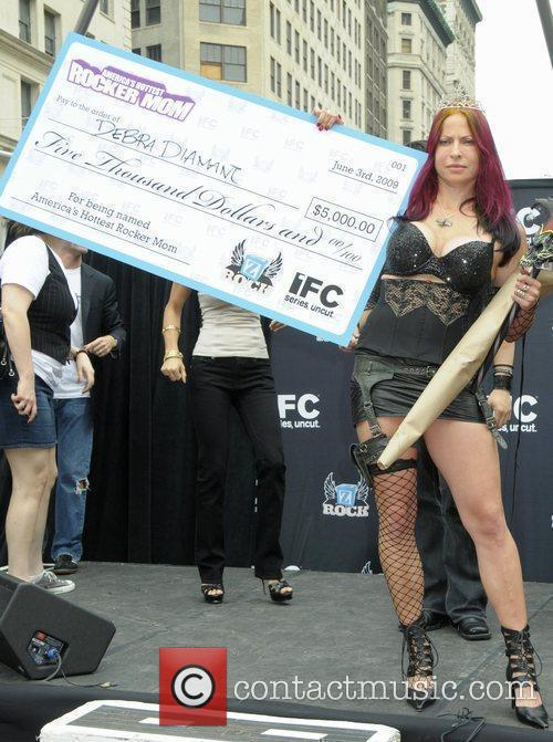 Debra Diamant, winner IFC celebrates Season Two of...