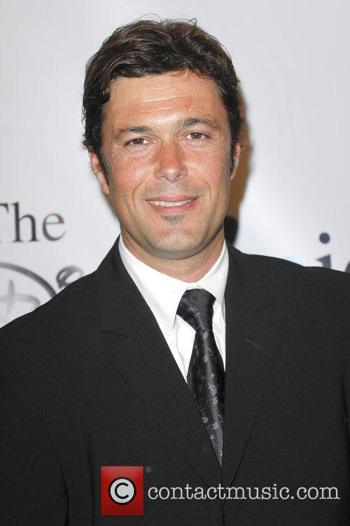 Carlos Bernard 2