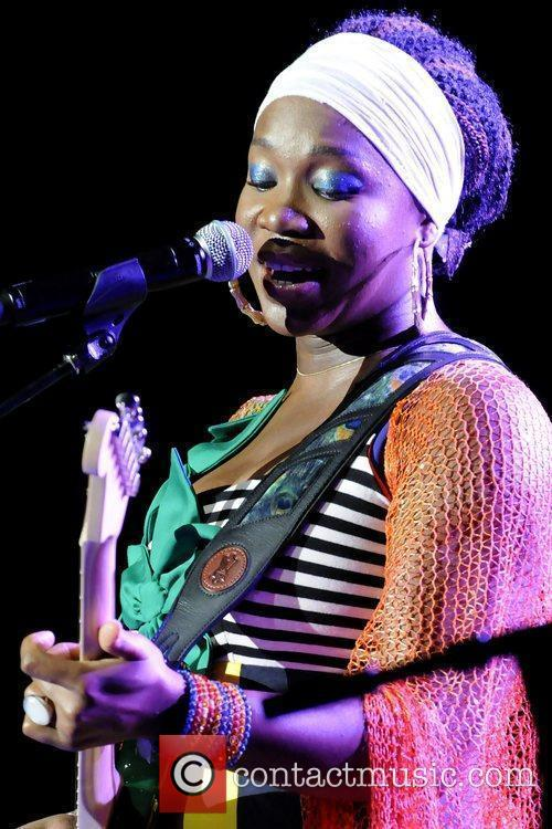 India Arie and John Legend 7