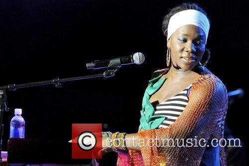 India Arie and John Legend 3