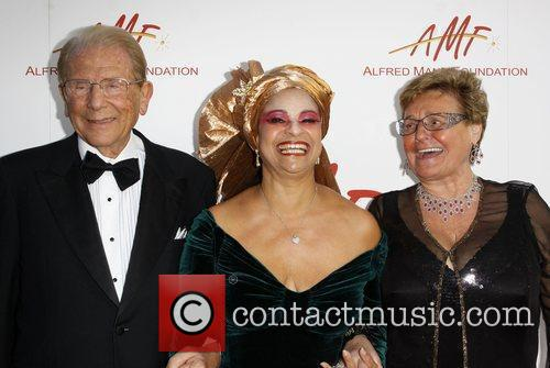 Debbie Allen, Alfred E. Mann and wife, Claude...