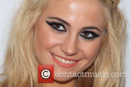 http://www.contactmusic.com/pics/lc/isle_of_wight_festival_backstage_2_120609/pixie_lott_backstage_5309848.jpg