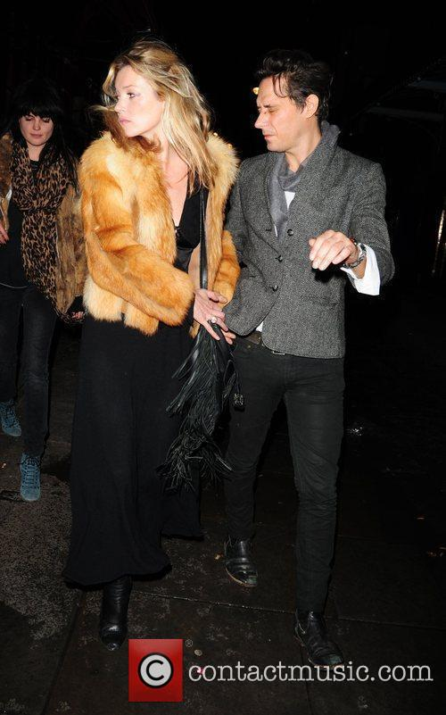 Kate Moss and Jamie Hince Leaving J Sheekey Restaurant 10