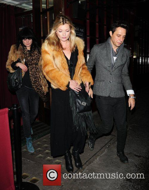 Kate Moss and Jamie Hince Leaving J Sheekey Restaurant 3
