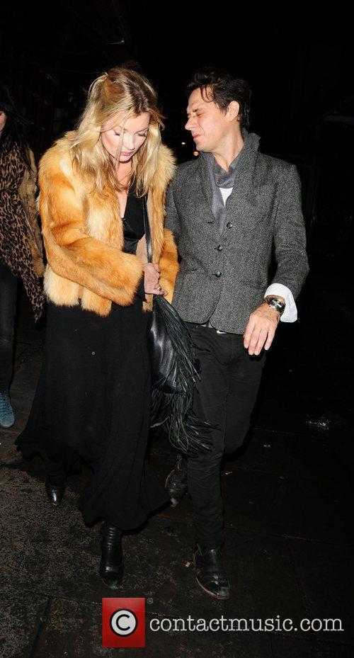 Kate Moss and Jamie Hince Leaving J Sheekey Restaurant 2