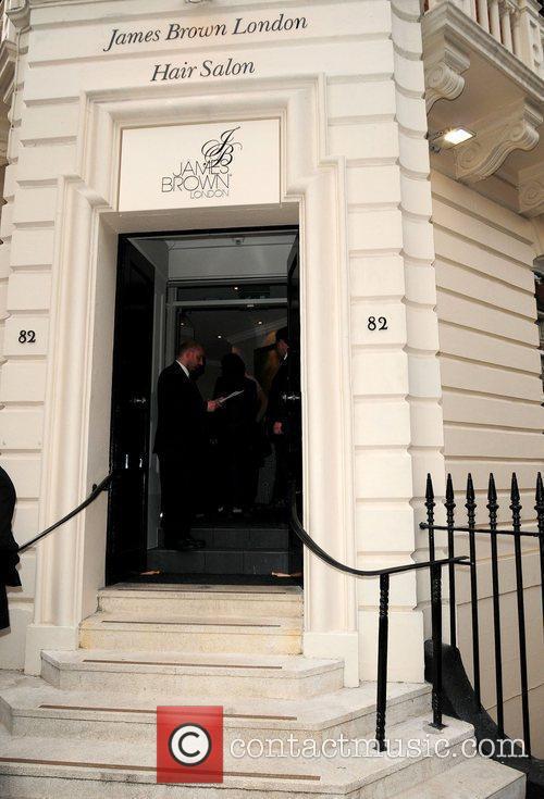 James brown london hair salon 4 pictures for A davis brown salon