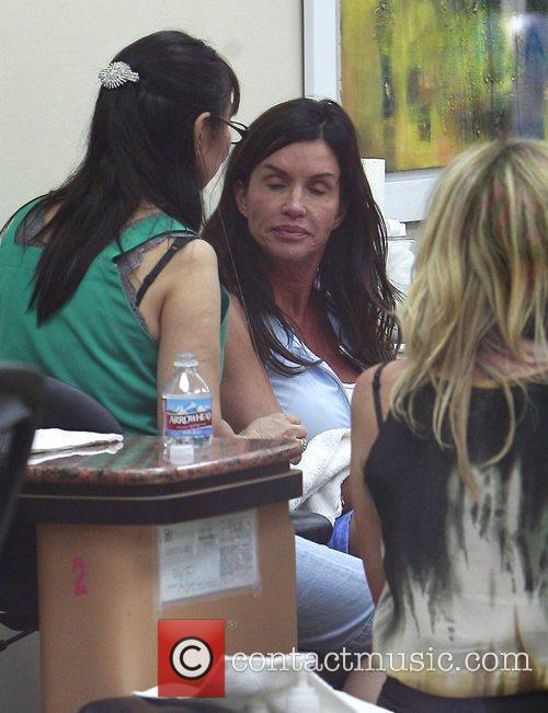 Janice Dickinson visits a nail salon in Beverly...