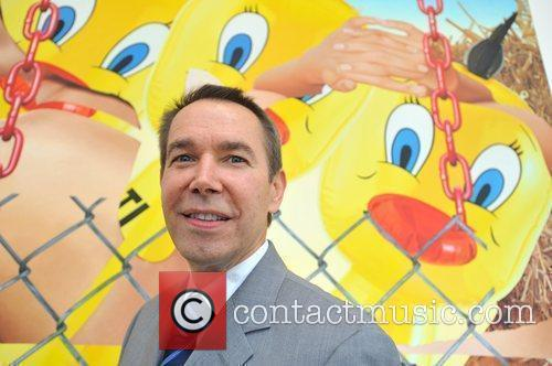 Jeff Koons and Serpentine Gallery 2